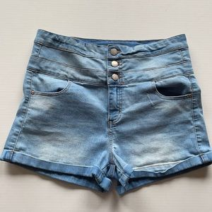 Tinseltown high waist multi button short shorts